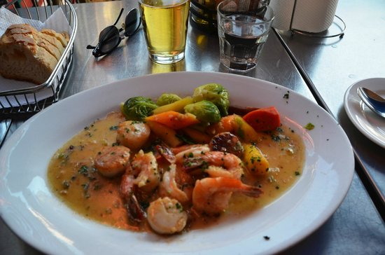 sotto-mare-oysteria-seafood