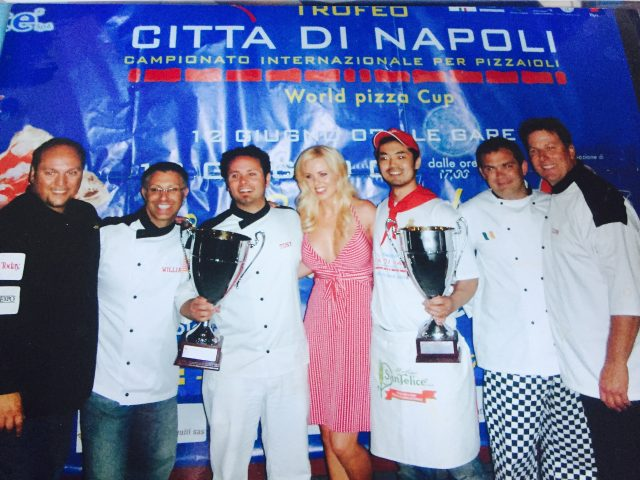 Tony Gemignani wins at Naples - 2007 - at JoeContent.net - Seven Ovens Blog