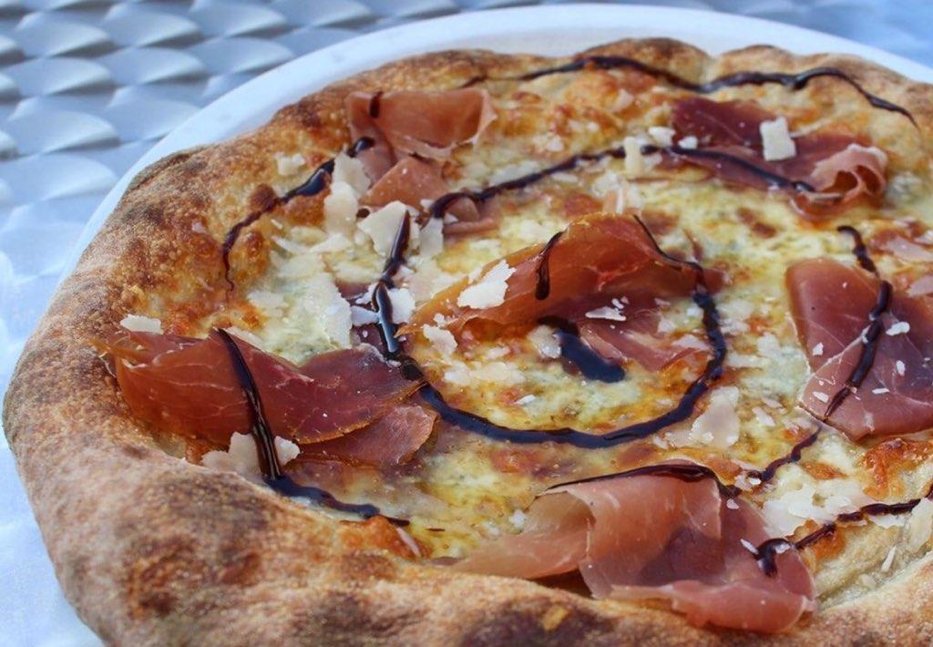 Pizza at Tony's Pizza Napoletana - joecontent.net